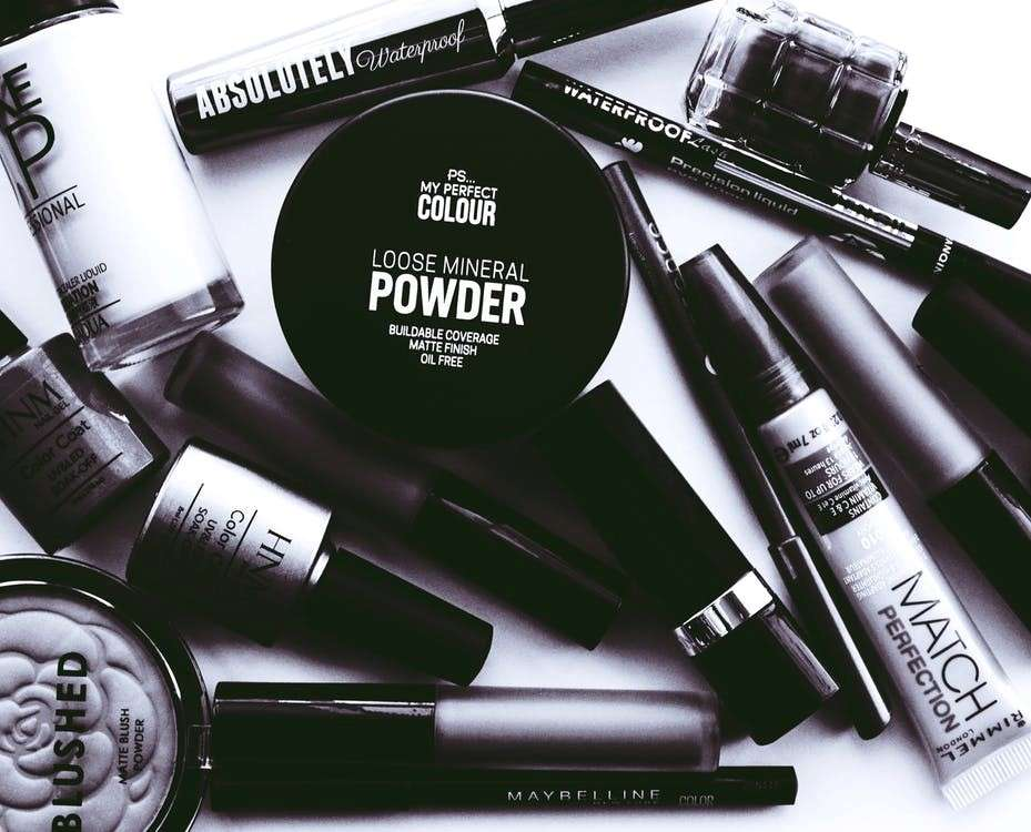 Estratégias de vendas para indústrias: maquiagem